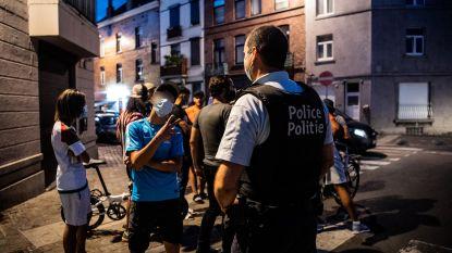 """Onze reporter mee op patrouille in Brussel: """"Omsingeld door 70 man en bekogeld met vuurpijl. Maar het had veel erger kunnen zijn"""""""