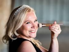 Van bruidswinkel tot 'oudste verkleedprinses van het land'