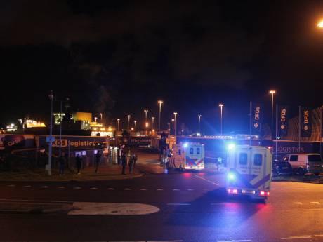 Hulpdiensten massaal onderweg naar Vlaardingen; circa 25 verstekelingen aangetroffen op ferry