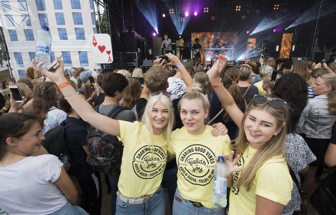 Fields of Joy Festival bij het Hulsbeek in Oldenzaal.