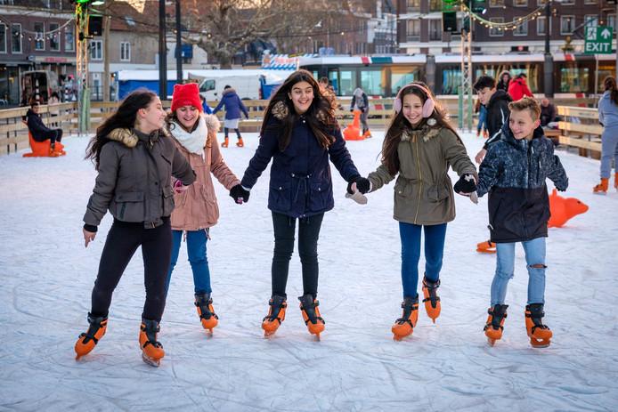 Dit is een ijsbaan in Schiedam.