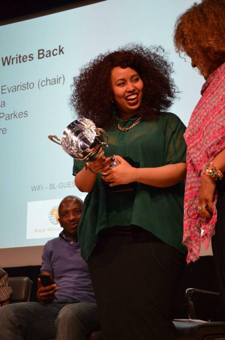Warsan Shire krijgt een poëzieprijs Beeld null