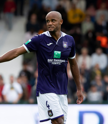 Kompany voorlopig geen trainer meer bij Anderlecht: 'Hij moet meer speler zijn'