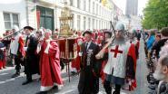 Heilig Haar, de hand van een pater of de tand van Cornelius: deze relikwieën werden net zoals de haren van de paus aan West-Vlaanderen geschonken