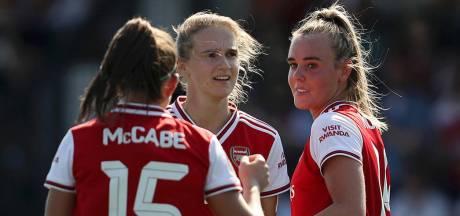 Oldenzaalse Jill Roord maakt hattrick bij thuisdebuut voor Arsenal