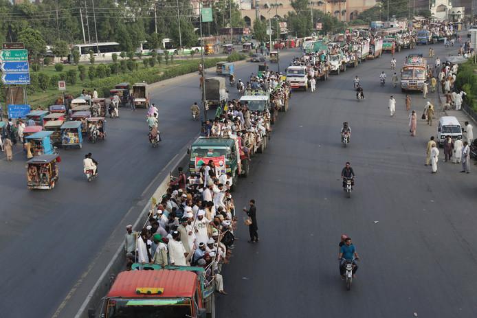 Aanhangers van TLP onderweg naar Islamabad.
