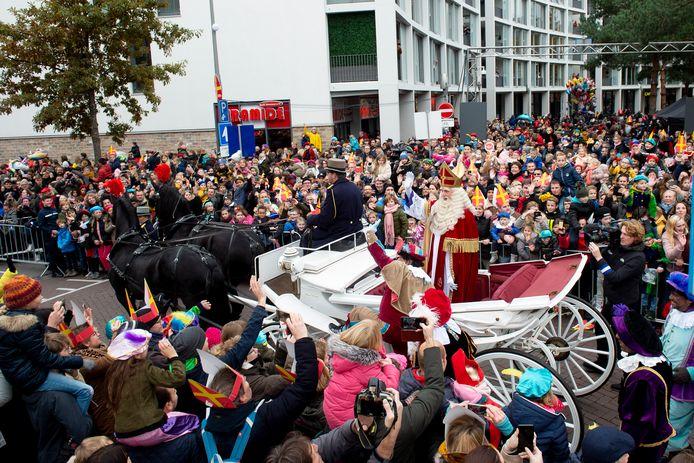 Apeldoorn - Nationale intocht van Sinterklaas in Apeldoorn op 16-11-2019. Foto Kevin Hagens KH20191115