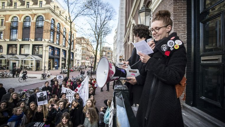 Studenten van de UvA protesteren bij het Maagdenhuis Beeld anp
