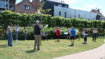 Koninklijke Harmonie 'Willen is Kunnen' geeft concert aan bewoners WZC Sint-Augustinus