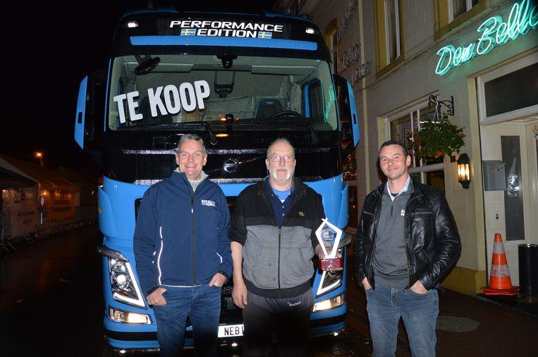 Organisator Hubert Simoens (midden) met Donald Mignon en Alex Ogiers van Nebim Ninove.