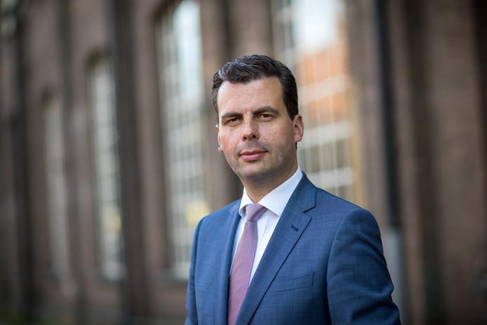 Berend de Vries,  economiewethouder in Tilburg voor D66.