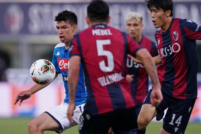 Ex-PSV'er Hirving Lozano in actie voor Napoli.