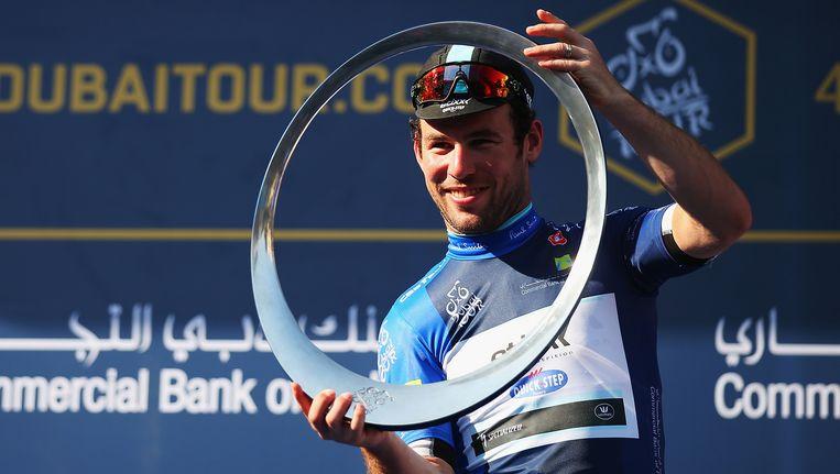 Een glunderende Mark Cavendish is het seizoen sterk begonnen en dat is ook voor zijn Belgische werkgever geruststellend.