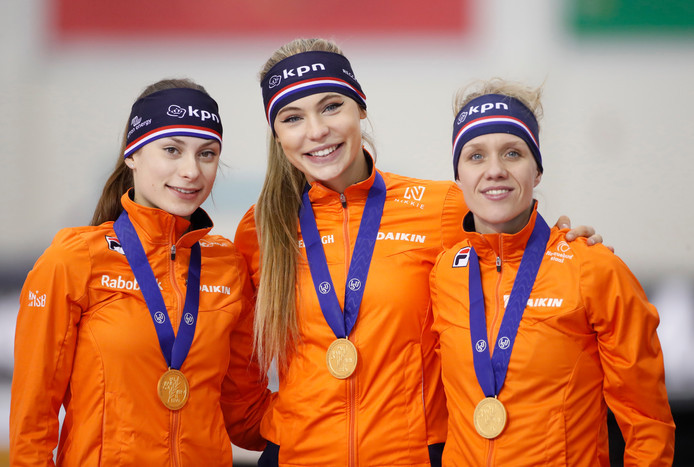 Femke Kok, Jutta Leerdam en Letitia de Jong na de wereldtitel
