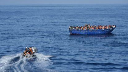 Tientallen migranten komen aan in Lampedusa