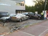 Ravage voor garage door tollende auto