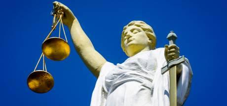 Cel- en taakstraf voor 26 uur lang vastbinden zoon
