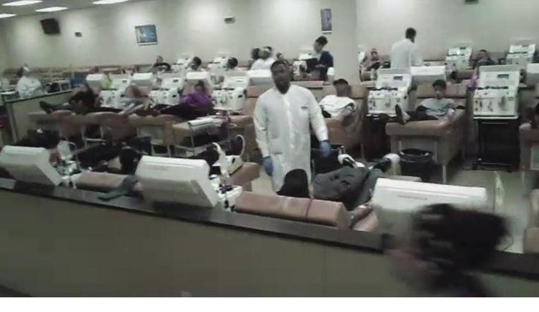 Beeld uit de reportage Bloedhandel: jonge Amerikanen verdienen geld met bloeddonaties. Beeld null