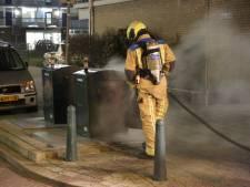 Wéér brand op straat in Scheveningen