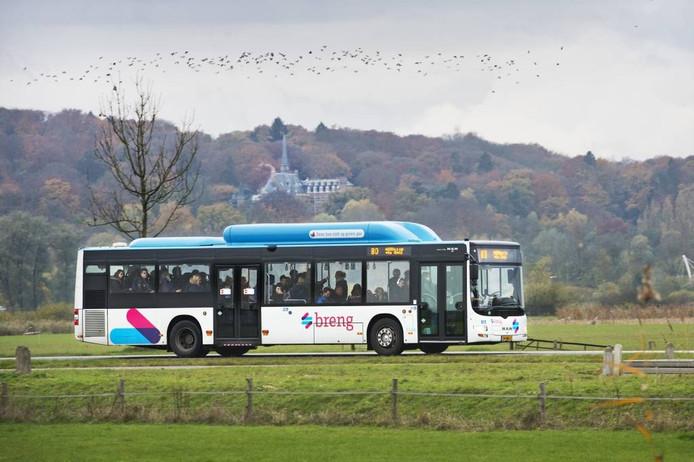 Een bus van Breng in de regio Nijmegen.