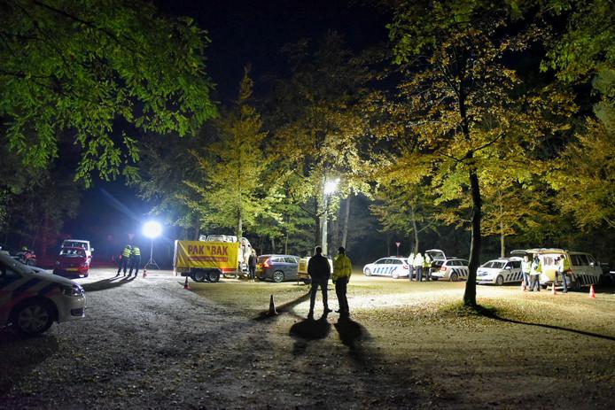 d875c423d42 Tegelijk met de controle op de camping hielden politie en belastingdienst  een verkeerscontrole in Oisterwijk.