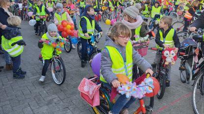 Leerlingen Het Kompas maken fietstochtje voor het klimaat