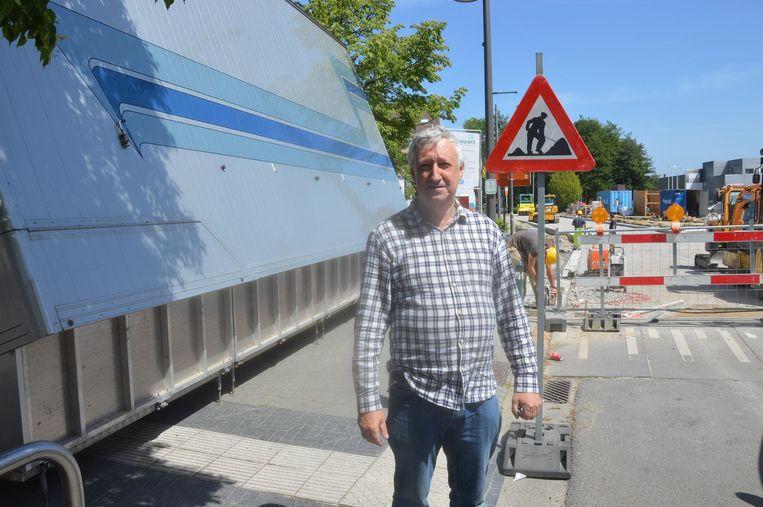 Jozef Vervest van attractie 'Derby Race' hoopt dat de werken mensen niet zullen tegenhouden.