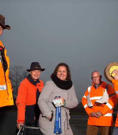 Vrijwilligers ijsbaan hebben tijd over in doorgaans drukste maand van het jaar: 'Ik denk dat we allemaal in een zwart gat vallen'