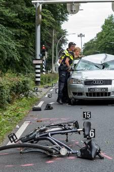 VIDEO: Tilburgse man(62) en vrouw(42) zwaargewond door aanrijding op de Bredaseweg in Tilburg