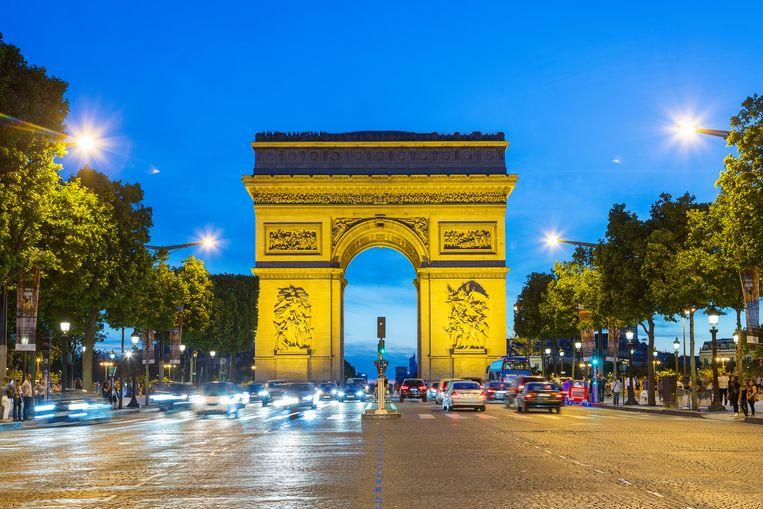 De schietpartij vond vanochtend rond 06.00 uur plaats in de Parijse wijk Champs-Elysées.