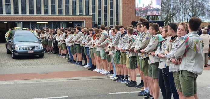 De scouts vormden een erehaag.