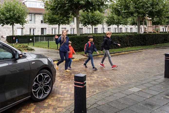 Veilig Verkeer Nederland pleit voor een maximum van 30 km/uur in woonwijken.
