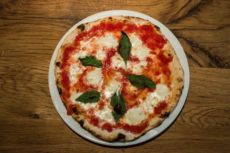De pizza margherita van La Perla Beeld Mats van Soolingen