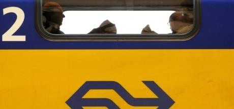 Geen treinen tussen Eindhoven en Weert door aanrijding op spoor