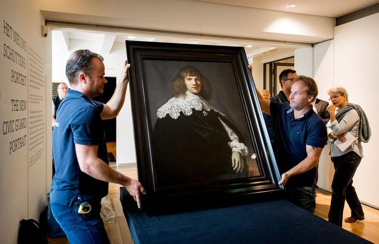 Het kunstwerk tijdens de presentatie in de Hermitage Beeld anp