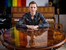 David Hordijk (21) geeft uitverkocht pianoconcert in Van Goghkerkje Nuenen