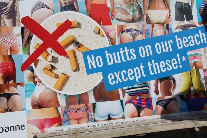 Met dit campagnebeeld zet De Panne zijn rookvrije strandzone in de kijker