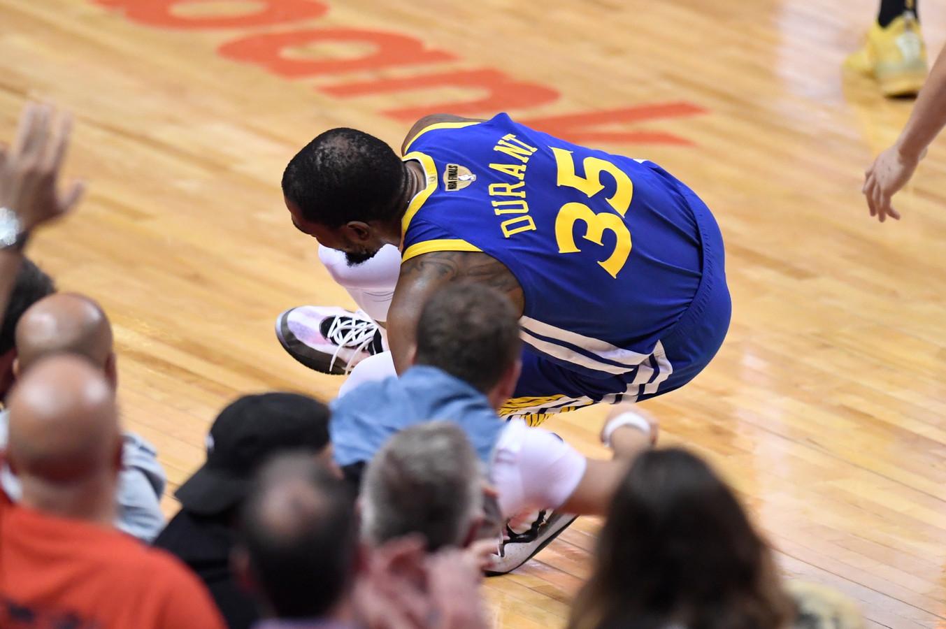 Durant raakt geblesseerd.
