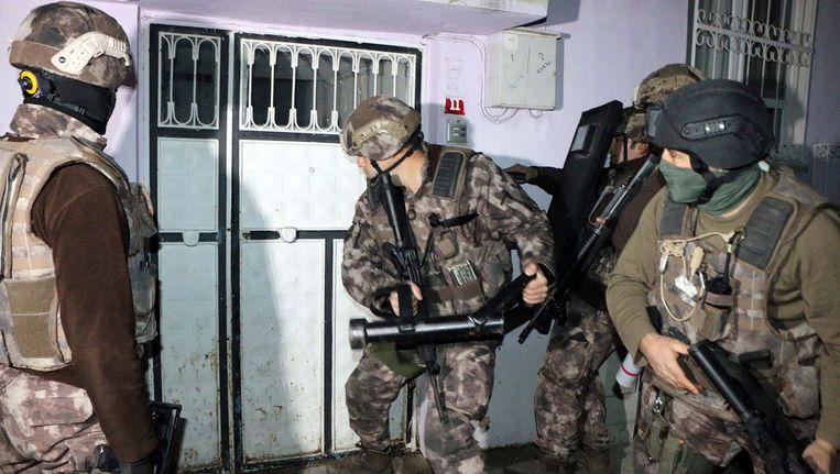 Antiterrorismebrigades van de Turkse politie in Istanbul. Beeld ap