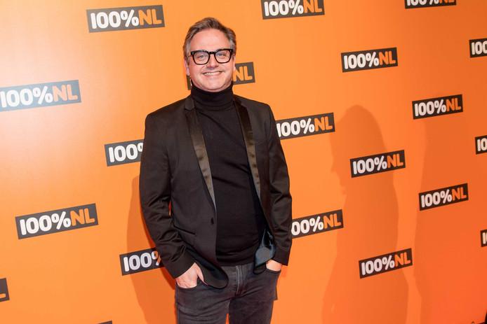 2019-02-07 21:09:24 AMSTERDAM - Guus Meeuwis op de rode loper van de 100% NL Awards, de publieksprijs voor de beste muziek van Nederland. ANP KIPPA MMP MISCHA SCHOEMAKER