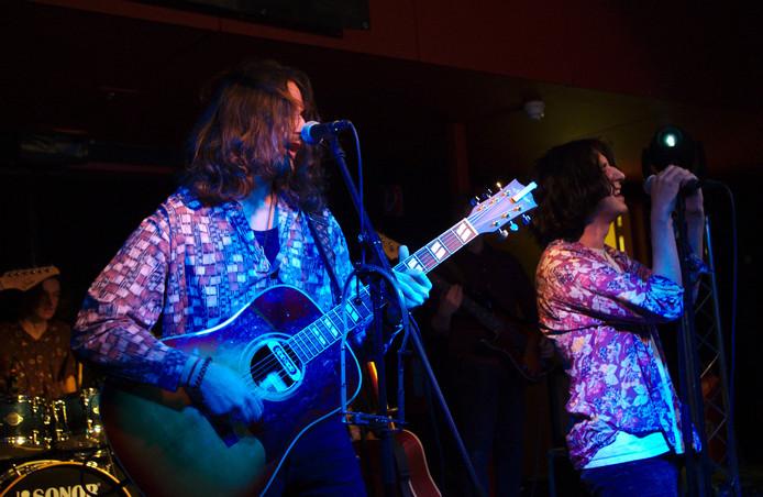 De Vlaamse band Hopeless Romanticism won zaterdagavond de finale van Steenworp.