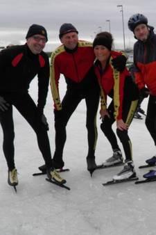 Zegvelders schaatsen alternatieve Elfstedentocht voor goed doel