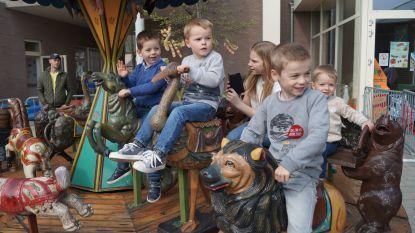 Kinderen baas in Hooglede: schoolfeesten in De Zonnebloem en in de gemeenteschool