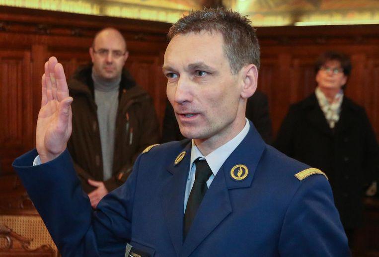 Rino Defoor startte begin 2015 als korpschef bij de politiezone Vlas. Tijdens een felle discussie met een hondengeleider zou het eind vorige week tot fysiek geweld gekomen zijn.