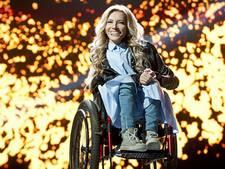 'Russische rolstoelzangeres via satelliet op songfestival'