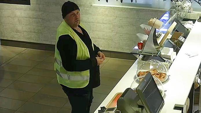 Een van de verdachten bij de McDonald's in Nijverdal