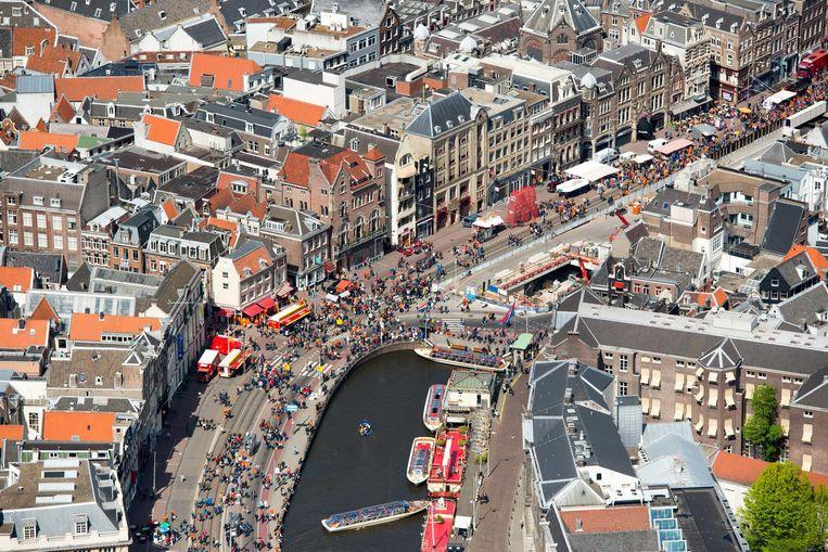 Weinig dingen zijn zo mooi als Amsterdam vanuit de lucht. Beeld anp