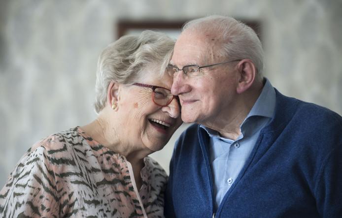Al 60 jaar zijn Jan en Anny Zandink erg gelukkig met elkaar