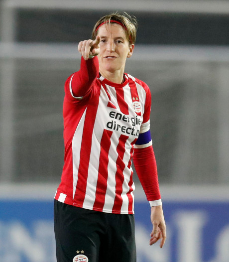 Aanvoerster Aline Zeler gaat beloftenteam PSV-vrouwen onder haar hoede nemen