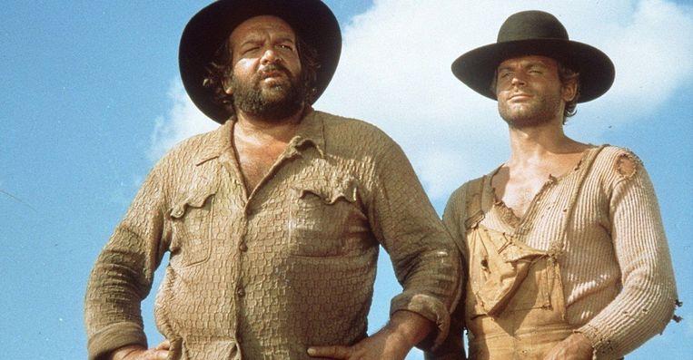 Bud Spencer en Terrence Hill in They Call Me Trinity van Enzo Barboni. Beeld
